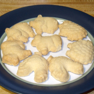 Homemade animal cookies | One Mama's Daily Drama --- Skip the store box version and make your own homemade animal cookies with just three ingredients.