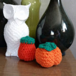 Easy crochet pumpkins tutorial for fall