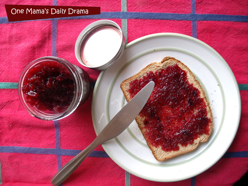 Homemade jam recipe: cherry berry jam