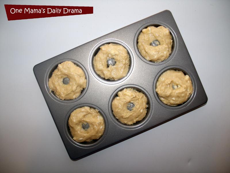 Apple cinnamon baked doughnuts recipe | One Mama's Daily Drama {Using the new KitchenAid® Professional-Grade Nonstick 6-Cavity Mini Doughnut Pan}