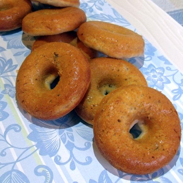 Blueberry yogurt baked doughnuts