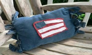 No-Sew Patriotic Pillow