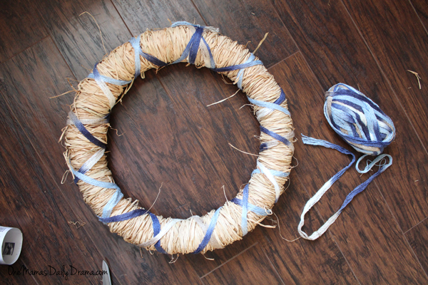 DiY spring raffia wreath | One Mama's Daily Drama
