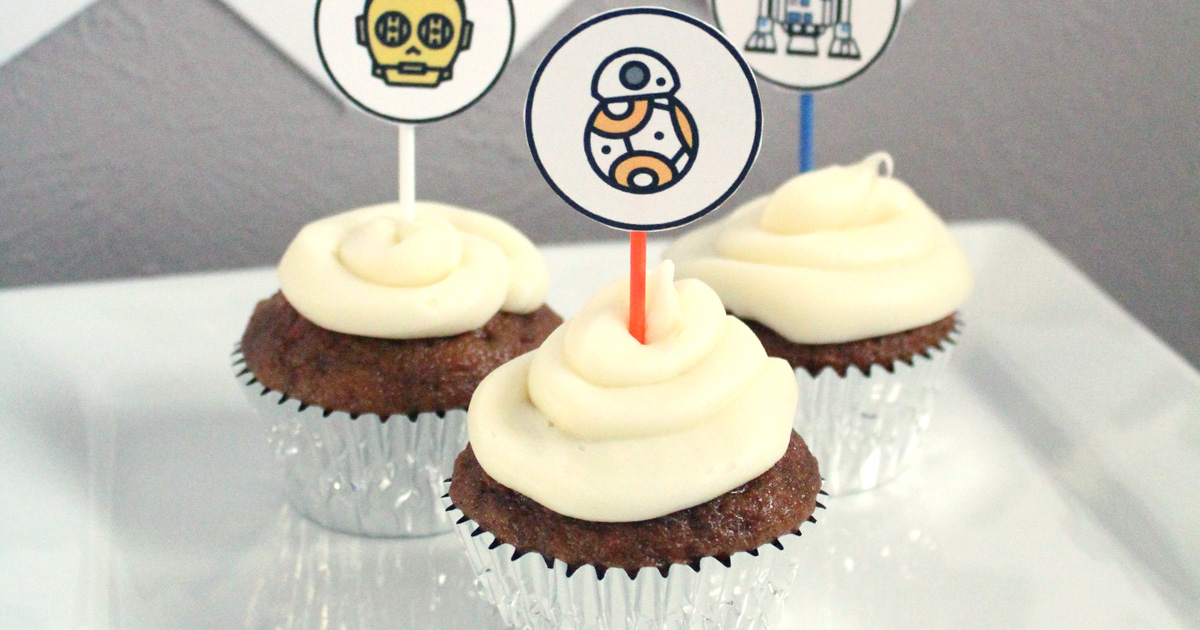Star Wars cupcakes with printable toppers
