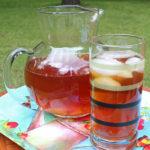 Easy & fabulous peach tea for summer socials | summer drink recipe from OneMamasDailyDrama.com