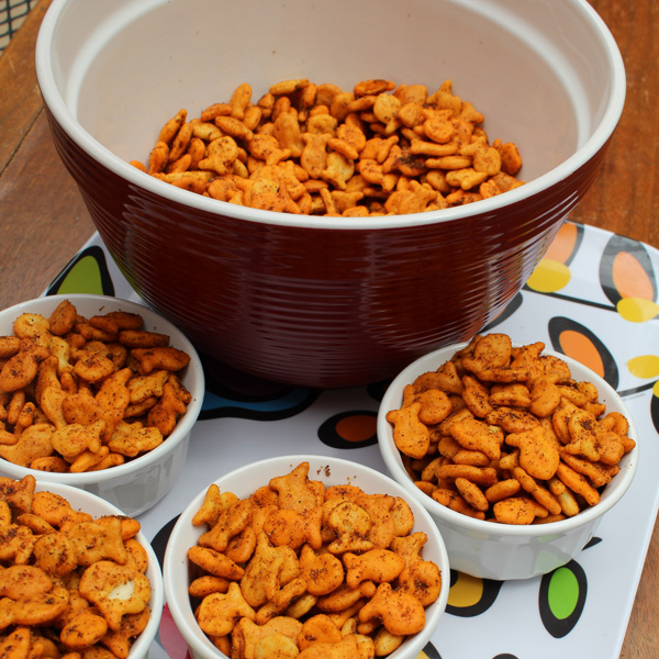 Cheesy taco Goldfish® snack mix