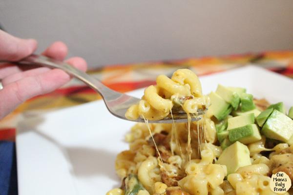 Chicken fajita macaroni and cheese is so cheesy!