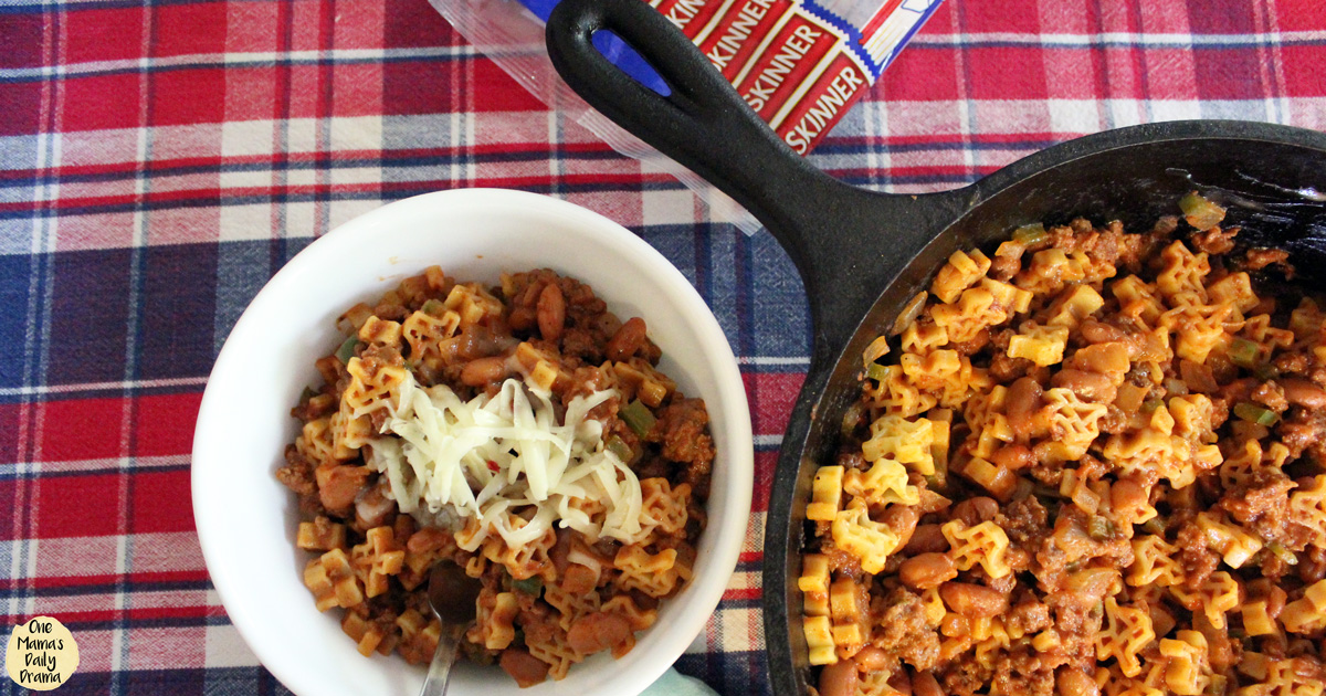 Cheesy Texas Chili Mac recipe with Skinner Texas Shape pasta