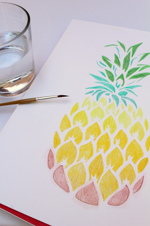 pineapple stencil water on the design