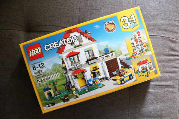 LEGO Creator 3-in-1 building kit