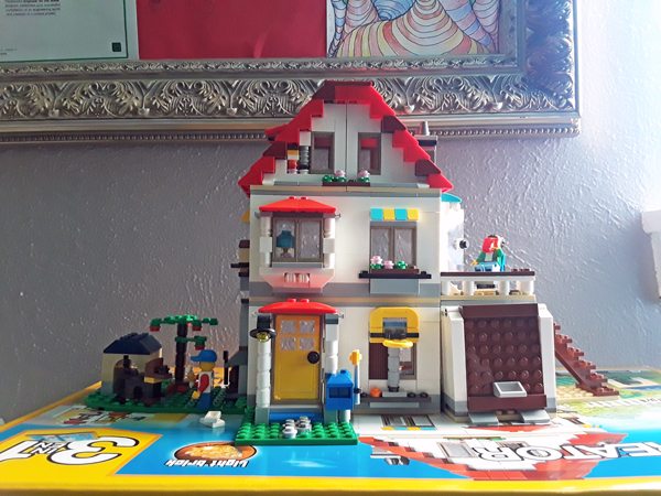 LEGO Creator 3-in-1 house
