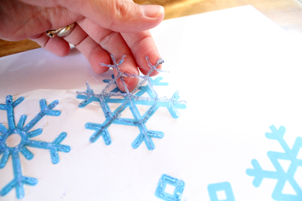DiY snowflakes with the 3Doodler Create+ pen