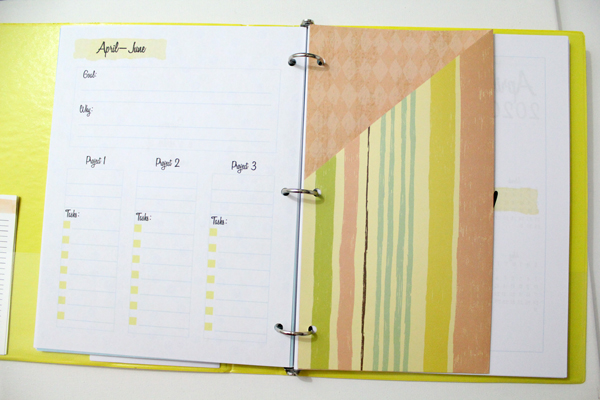 planner pocket at the beginning of a quarterly planner page